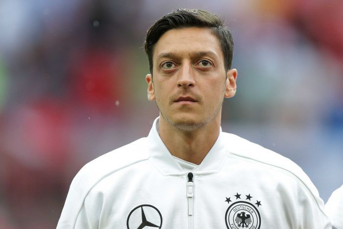 Unai Emery says Mesut Ozil has his full support over the backlash coming from his decision to quit the German national team.