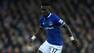 PSG remain in Everton contact for Idrissa Gueye