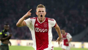 Ajax chief Edwin van der Sar revealed Sir Alex Ferguson has long been a fan of Matthijs de Ligt.